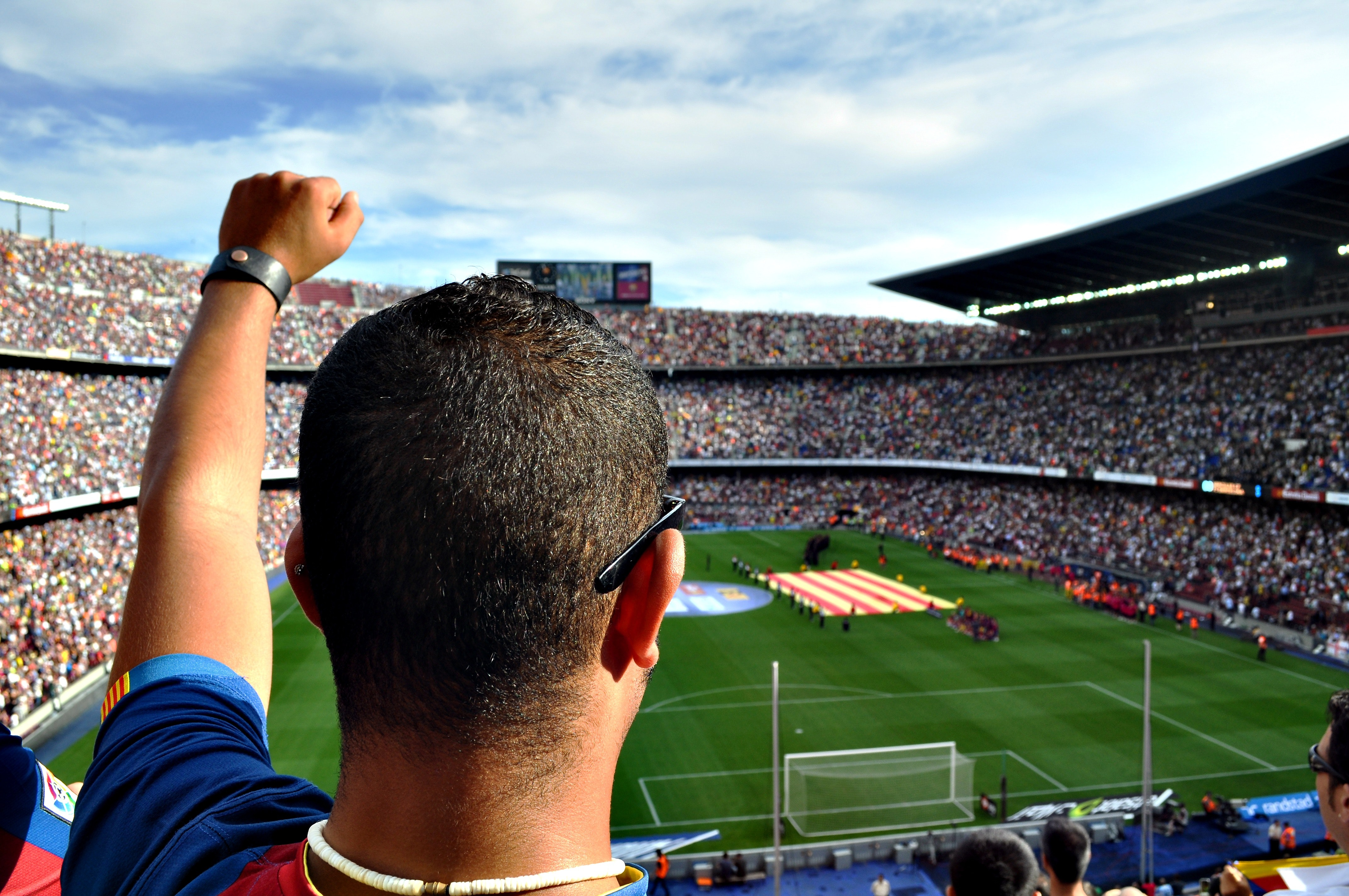 Engaging customers: the sky is the limit in football